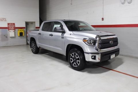 New 2018 Toyota Tundra V8 Large SR5 Short Bed Crew Max 4X4