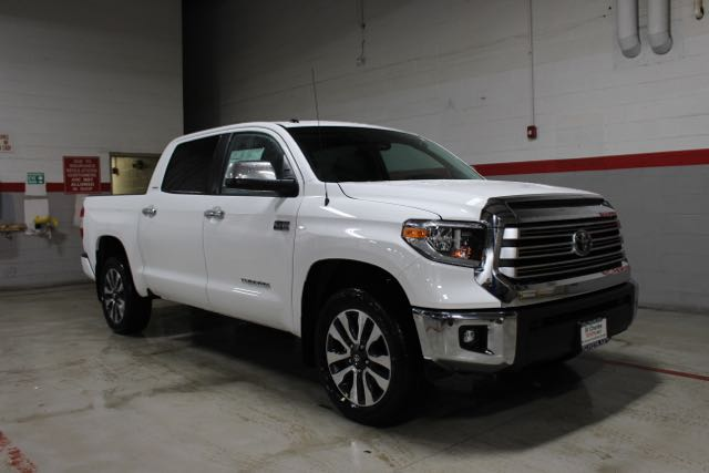 New 2019 Toyota Tundra V8 LIMITED CREWMAX 4X4