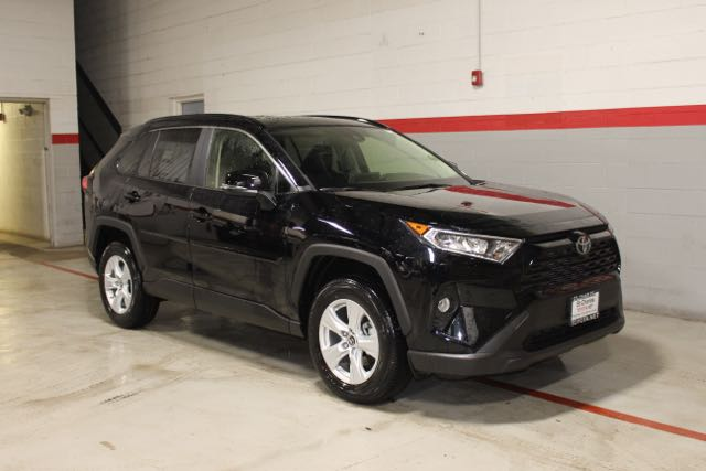 New 2019 Toyota Rav4 Xle Awd Suv In Saint Charles 40729 324 St