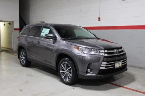 New 2019 Toyota Highlander V6 XLE AWD